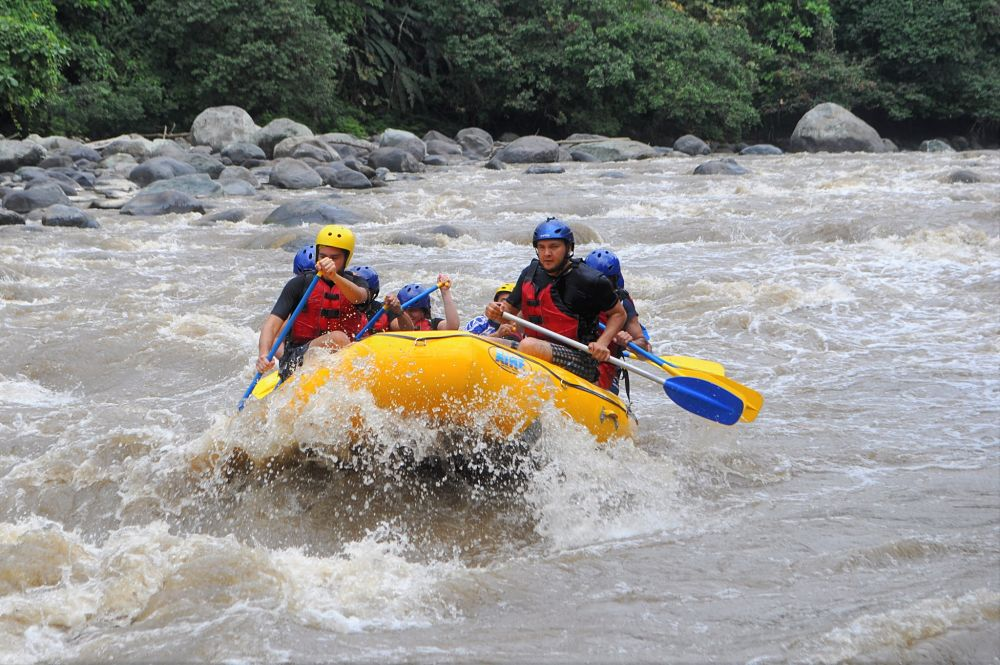 Rafting adventure from Quito