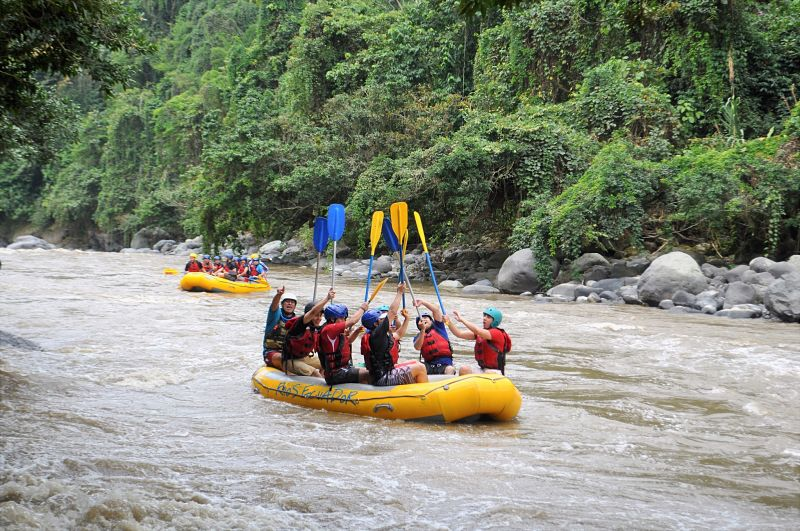 Full action rafting