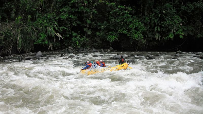 One day rafting ecuador