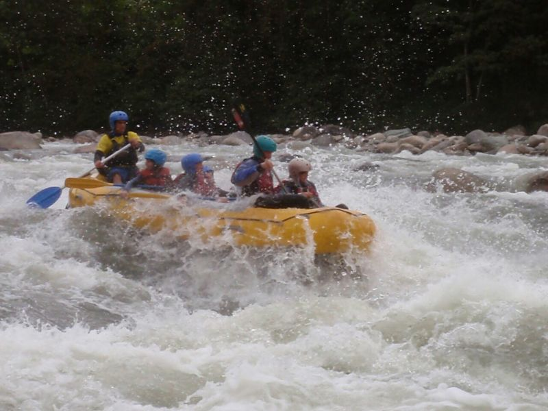 Whitewater rafting ecuador